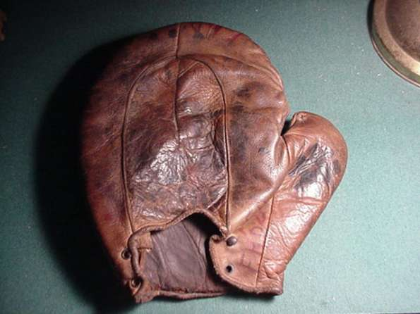 c. 1890's Crescent Base Mitt Back
