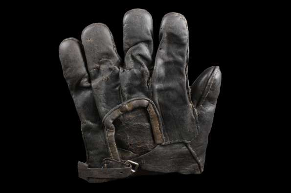 c. 1880's Workmans Glove Back