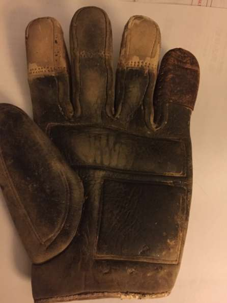 c. 1880's-90's Tipped Finger Catchers Glove Front