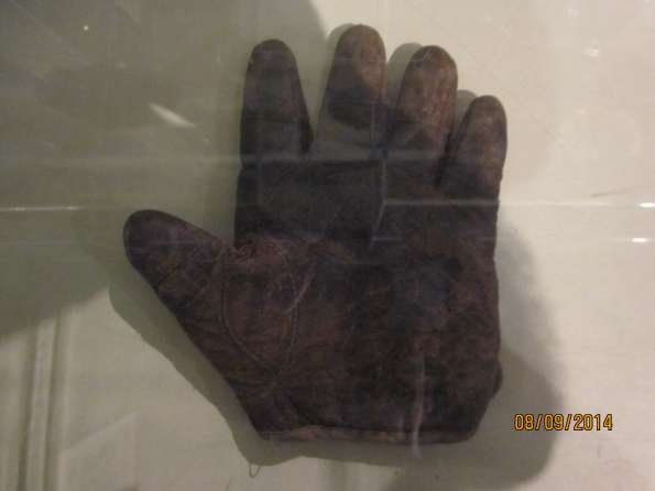 c. 1890's Tipped Finger Catchers Glove Righty Front