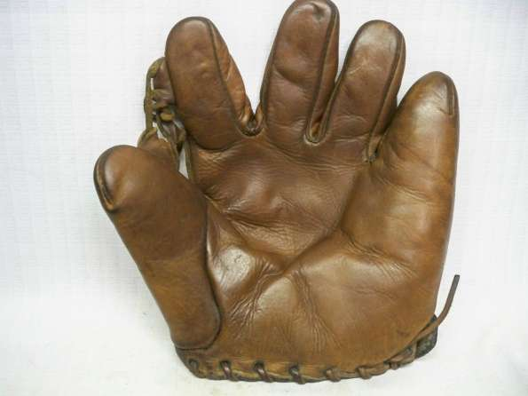 Biddle Single Tunnel Loop Glove Front
