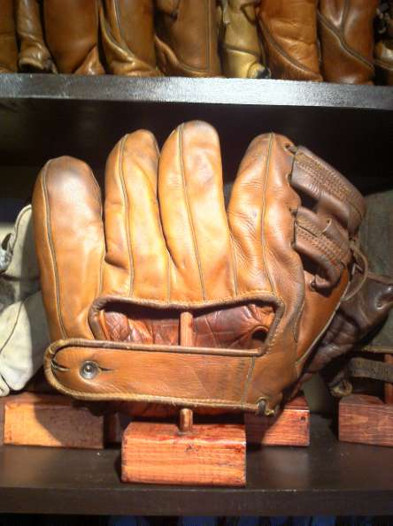 Bill Doak Rawlings Model H Back