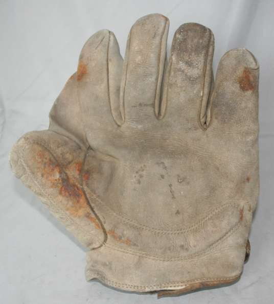 Early 1900's American Quality Crescent Glove Front