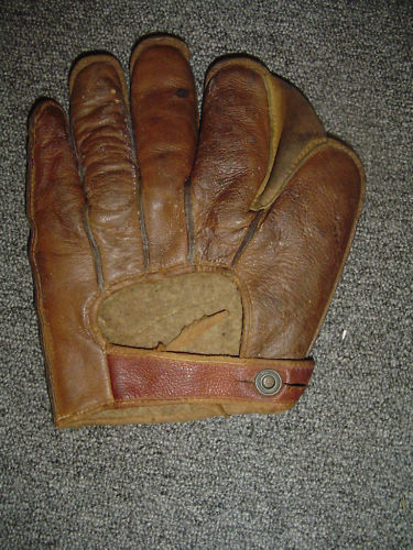 Early 1900's Reverse Strap Crescent Glove Back