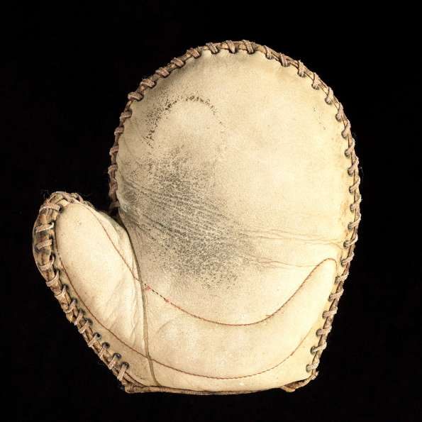 Early 1900's Crescent Basemitt White Front