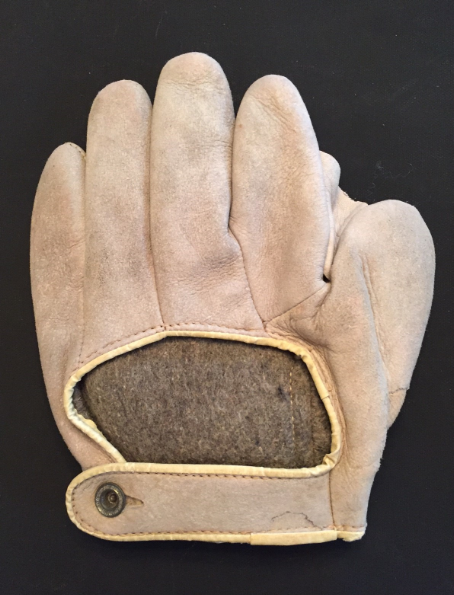 Early 1900's NSG Co. Harvard 501 Crescent Glove Back