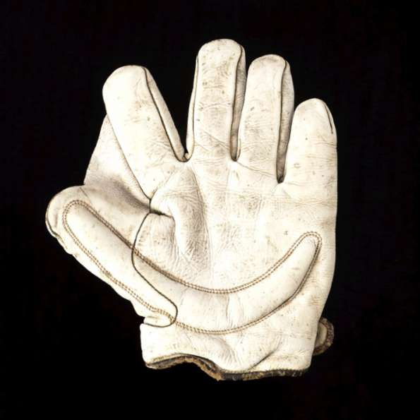 Early 1900's Spalding White Crescent Glove Front