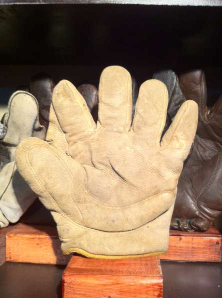 Early 1900's Victor Crescent Glove Front
