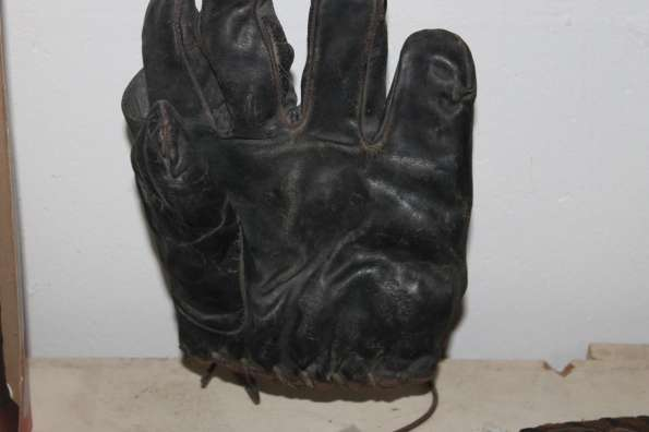 Eddie Collins Black Glove Front