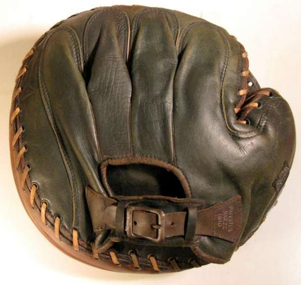 Edward K. Tryon 40B Catchers Mitt Back