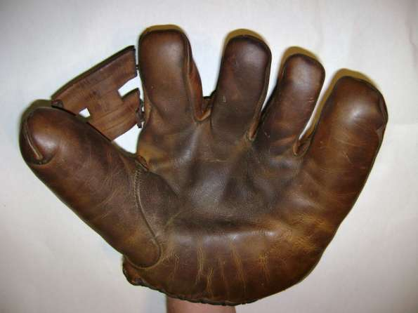 Honus Wagner Co. Glove Front
