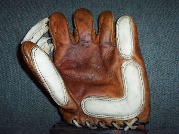 Ken Wel G2 Softball Glove Front
