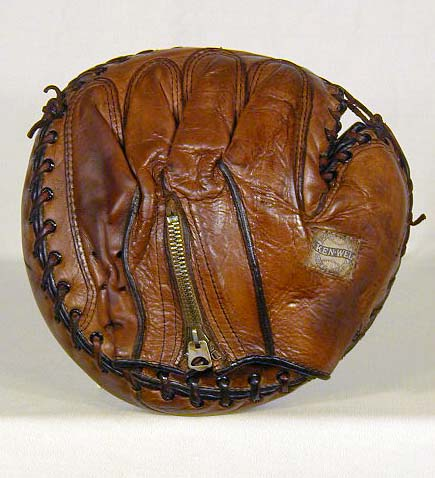 Ken Wel Zipper Back Catchers Mitt Back
