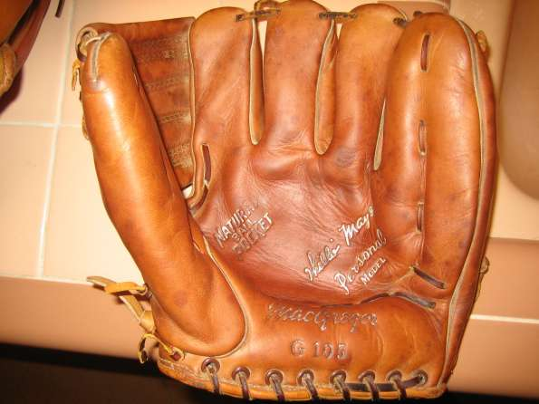 Willie Mays MacGregor G105 Personal Model Front