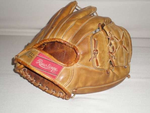 Mickey Mantle Rawlings MM2 Back