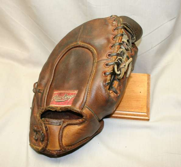 George Sisler Rawlings GS Single Tunnel Web Back