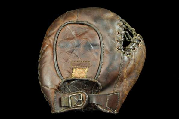 George Sisler Rawlings Basemitt Back