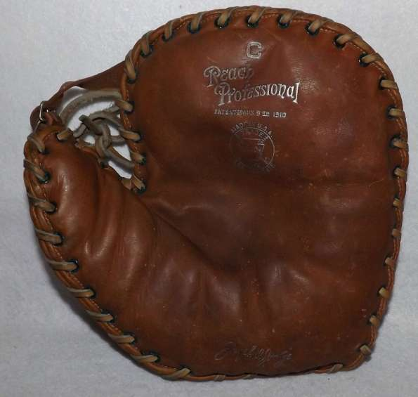 Joe Judge Reach C Basemitt Front