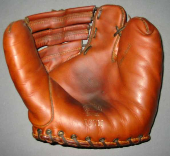 Spalding 167M Two Finger Front