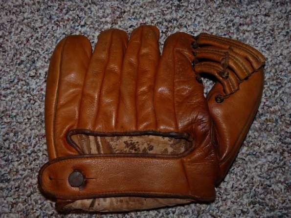 Rogers Hornsby Wilson S5521-3 Back