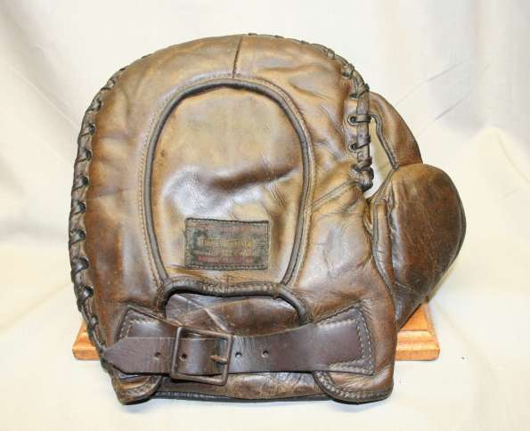 Thomas E. Wilson Major League Mitt Back