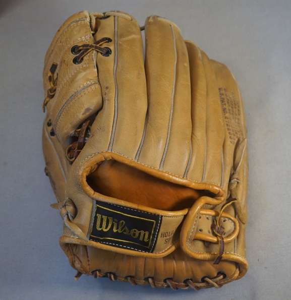 Lefty Gomez Wilson Personal Model Back