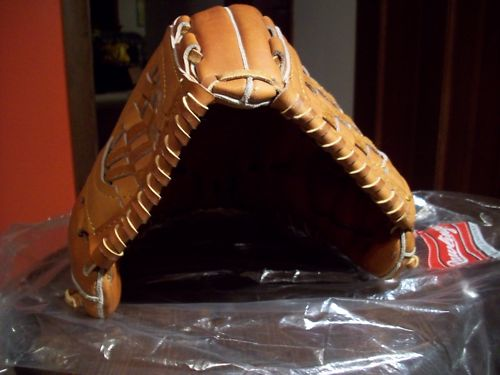 Rawlings Prototype 2 Back
